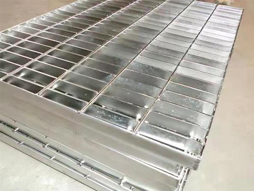 钢格板安装固定方法
